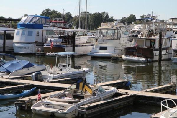 Capital Yacht Club marina in Southwest