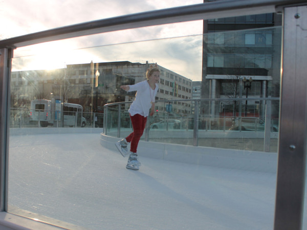 Skater at Canal Park Ice Rink (Photo via Flickr/perspective)