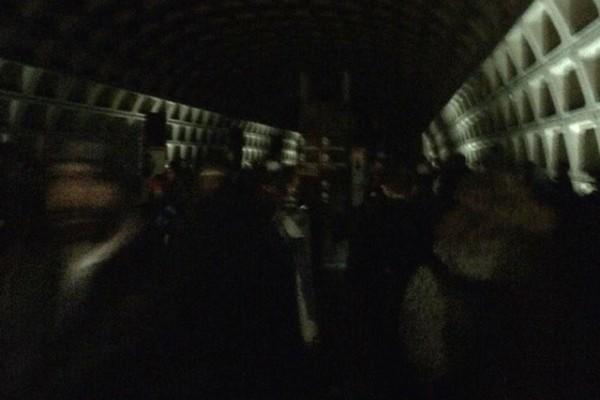 Metro power outage (Photo via Twitter/David Mariutto)