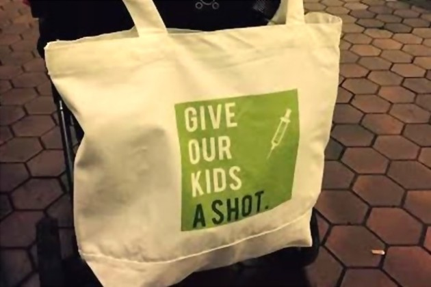 Vaccination tote bag (Photo courtesy of Katy and Peter Keesey)