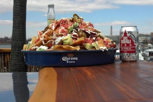 Cantina Marina nachos and beer (Photo via Facebook/Cantina Marina)