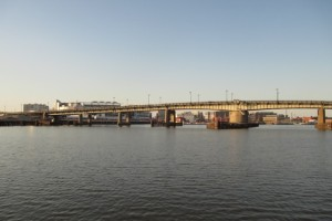 Frederick Douglass Memorial Bridge (Photo via Wikimedia/BrianAdler)