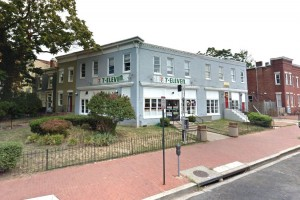 7-Eleven on 8th Street NE (Photo via Google Maps)