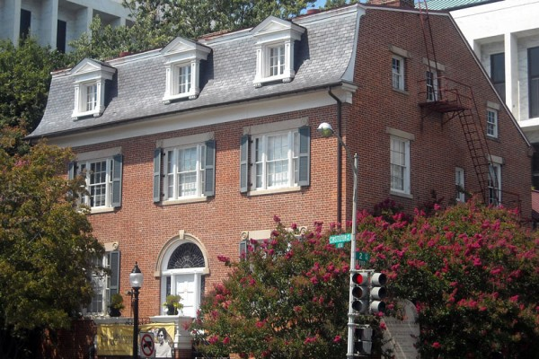 Sewall-Belmont House & Museum (Photo via Wikimedia/AgnosticPreachersKid)