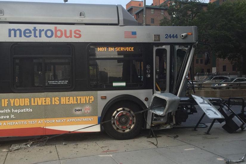 Bus crash on North Capitol Street (Photo via Twitter/Rhett Mitter)