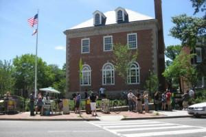Northeast Neighborhodd Library (Photo via Facebook/ Friends of the Northeast Library)