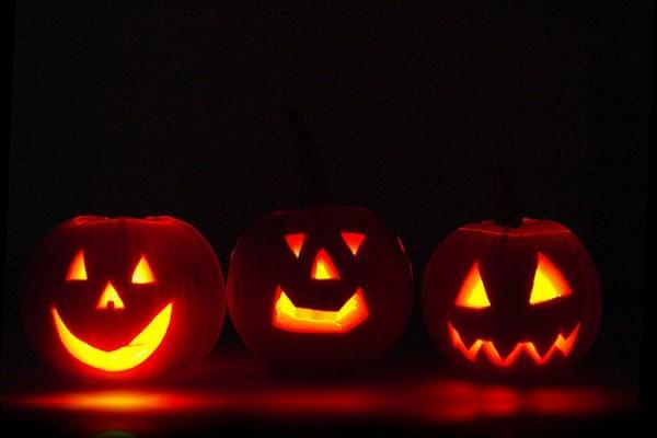 Halloween Pumpkins (via FlickrTeo)