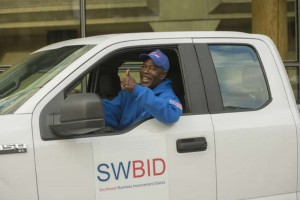 SWBID clean team member (Photo via Steve Moore)