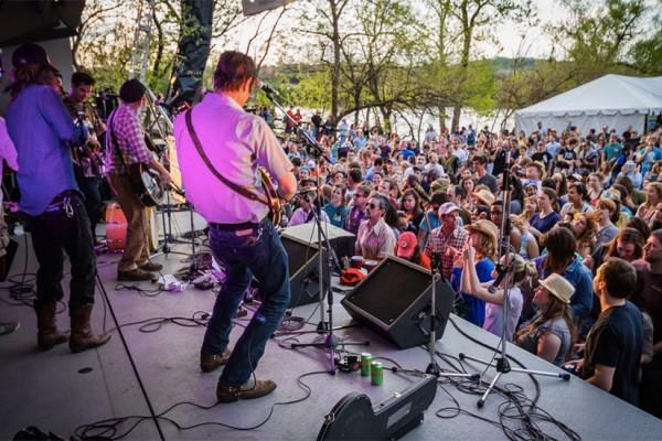 Kingman Island Bluegrass & Folk Festival (Photo via Kingman Island Bluegrass & Folk Festival/Matthew Brazier)